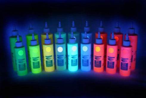 glow in the dark paint the best glow in the dark products. Black Bedroom Furniture Sets. Home Design Ideas